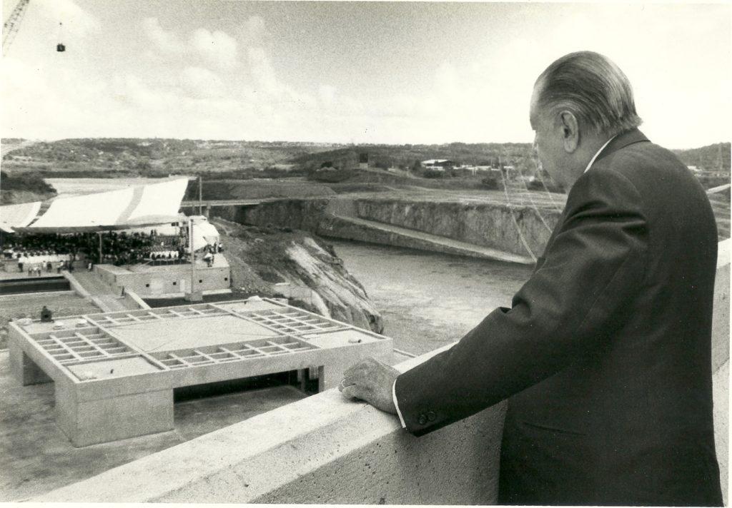Rafael Caldera en Macagua 1997
