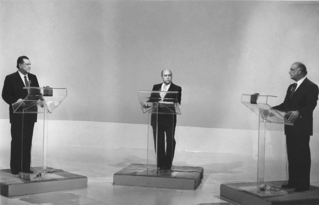 1983. Mayo, 10. Debate Caldera-Lusinchi en la campañana electoral presidencial.
