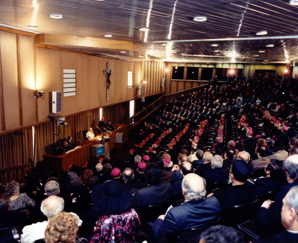 1987. Marzo, 25. Discurso en el Vaticano con motivo XX aniversario de la Encíclica Populorum Progressio.