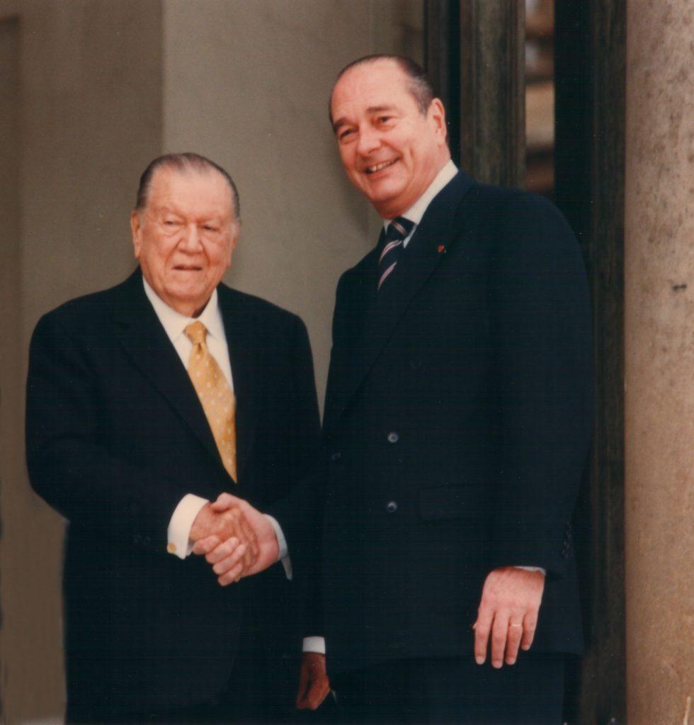 1998. Marzo, 20. Visita al Presidente Jacques Chirac, en el Elyseé.
