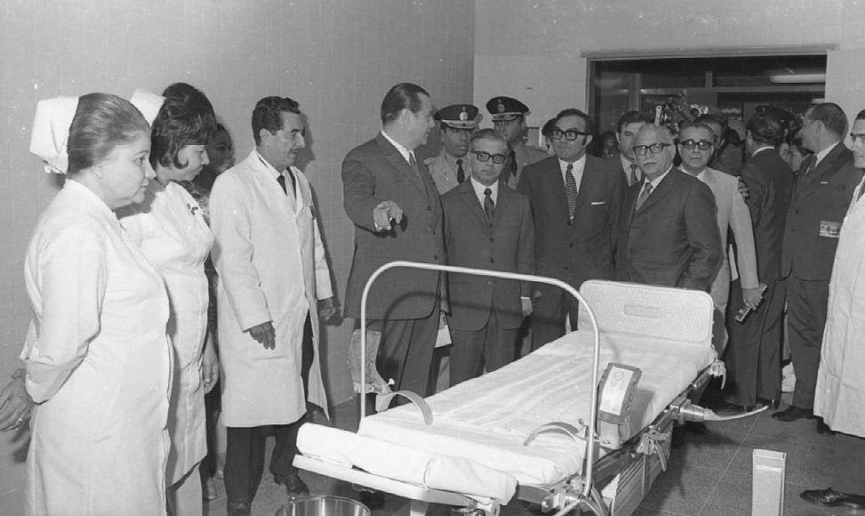 Inauguración Hospital Pérez Carreño en 1970