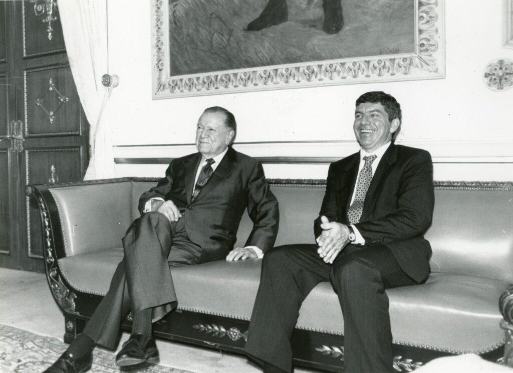 1994. Mayo, 6. Visita oficial del presidente de Colombia, César Gaviria Trujillo. Encuentro en Miraflores.