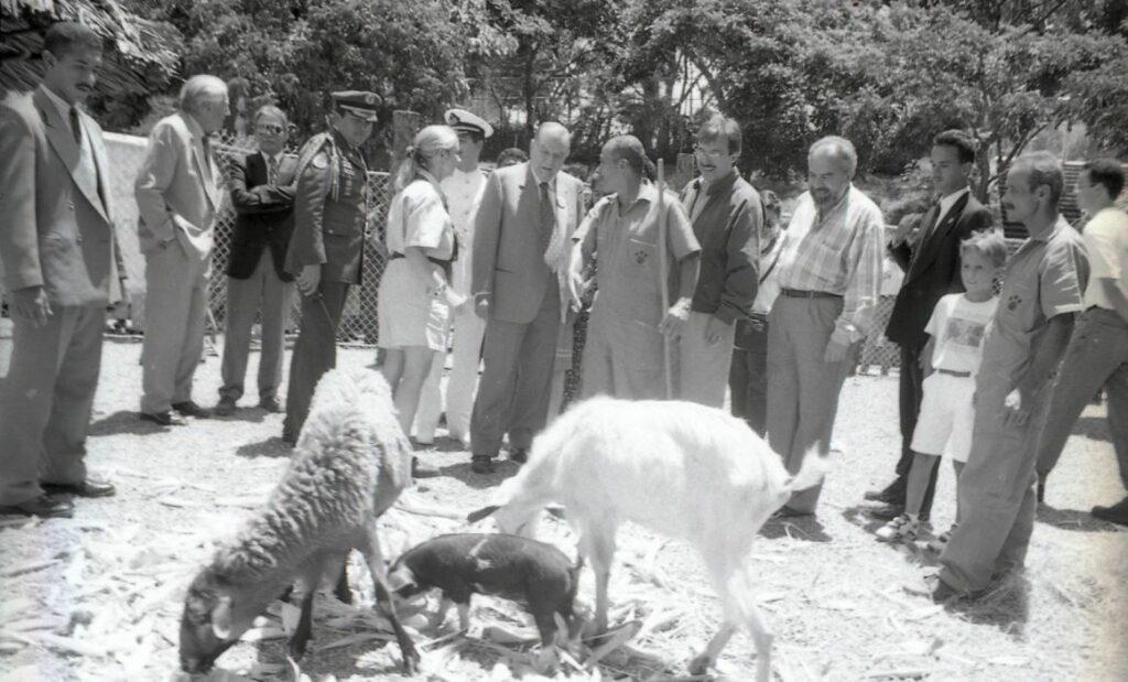 1995. Agosto, 13. Reinuaguración del Zoológico El Pinar, Caracas.