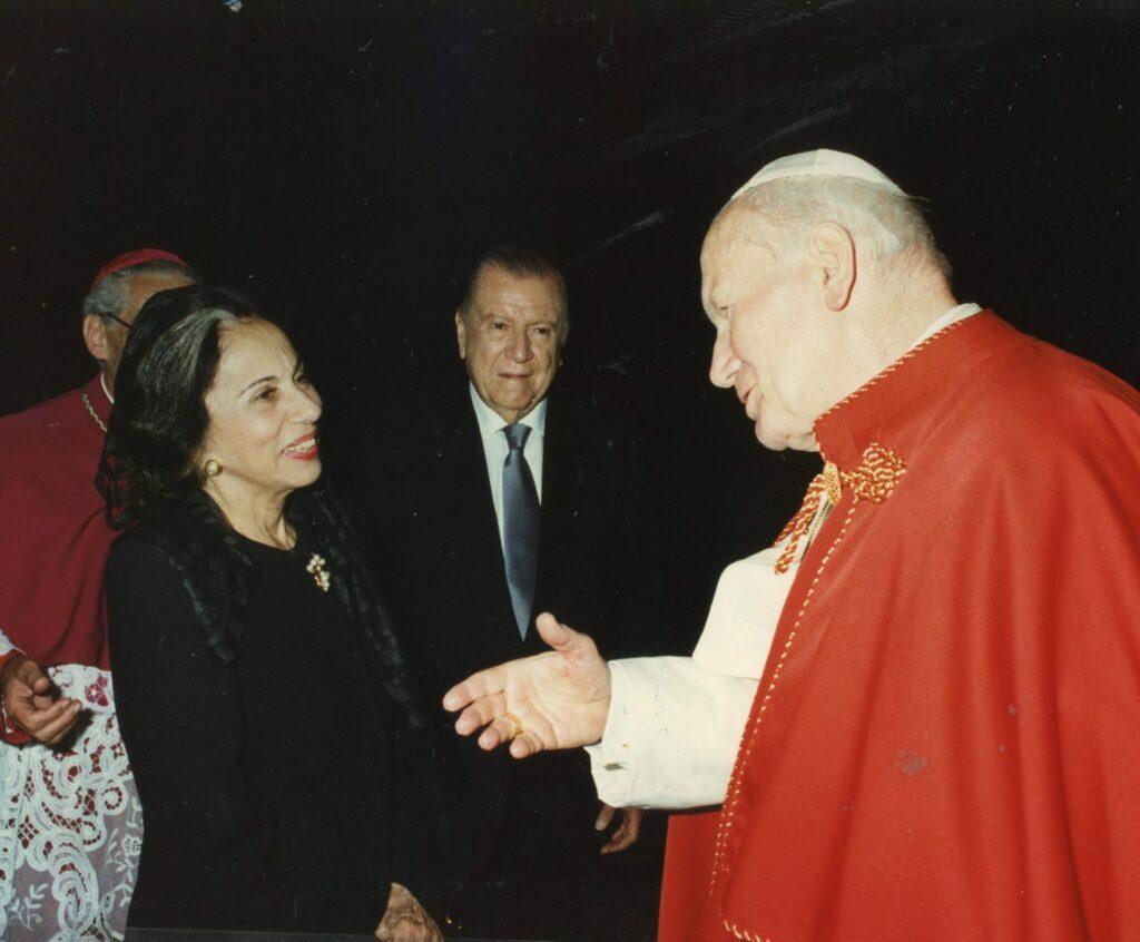 1995. Mayo, 7. Nuevo encuentro con SS Juan Pablo II, El Vaticano, Roma.