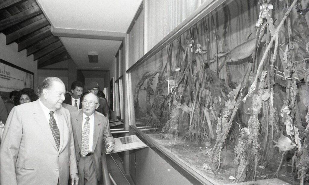 1995. Octubre, 6. Bautizo de la embarcación Hermano Ginés, de la Fundación La Salle, estado Nueva Esparta.