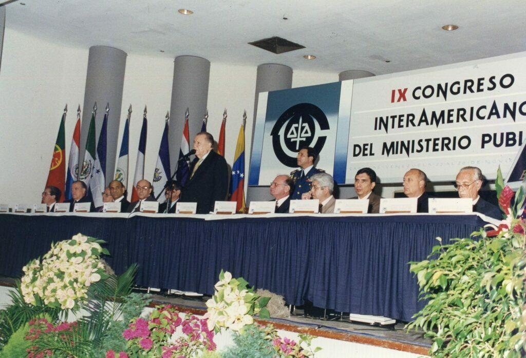 1996. Noviembre, 26. Instalación del IX Congreso Interamericano del Ministerio Público.